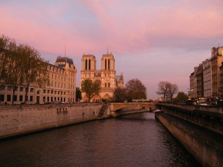 Le citt pi romantiche d europa on the road for Parigi champ elisee